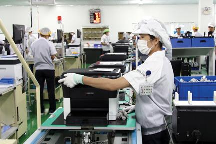 Đón và giao công nhân đi làm ngày đầu tiên tại công ty TNHH Kyocera Việt Nam_đợt 1 - tháng 10/2018